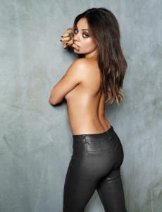 Mila-Kunis-Cliff-Watts-Esquire-Magazine-Nov-2012-2